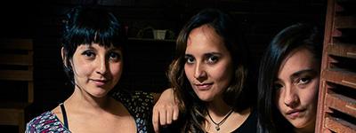 Las Histéricas, el colectivo de mujeres transmiten feminismo a punta de fanzine y serigrafía