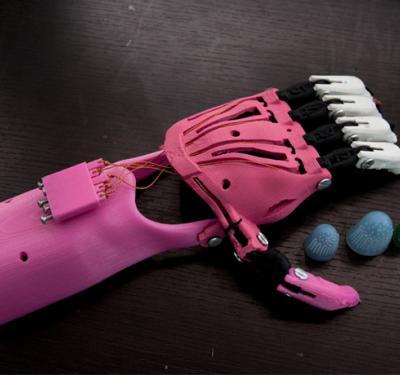 Impresoras 3D para prótesis de extremidades superiores 2