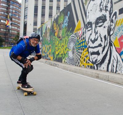 Hernando Ruíz, de 64 años, quiere participar en el Maryhill Festival of Speed