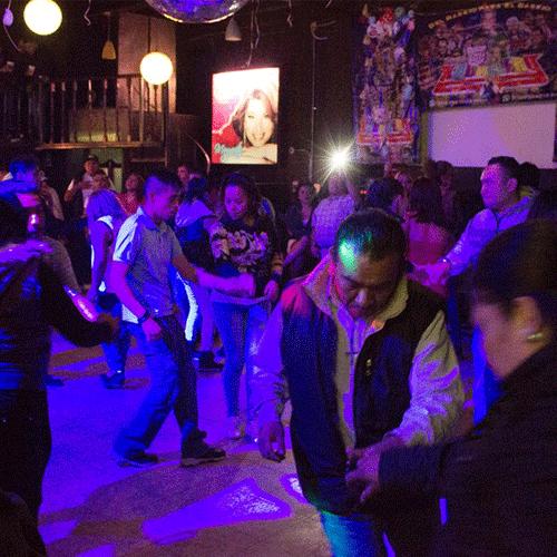 Desde los años setenta estas fiestas populares representan una opción para todos aquellos que no participan de la escena discotequera y la política