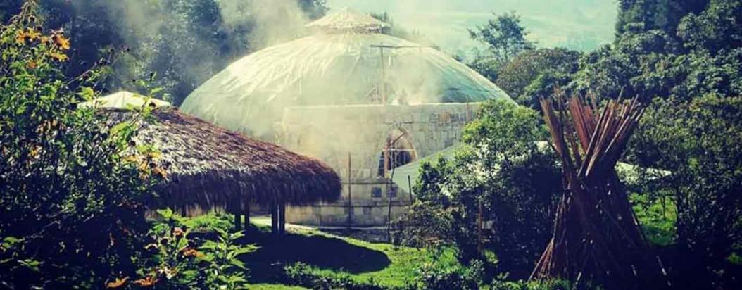 A 40 kilómetros de Bogotá, en el municipio de Granada, la Universidad de Sabiduría Ancestral abrió una sede que ofrece cursos para los interesados en agroecología, cocina ancestral o geometría sagrada.