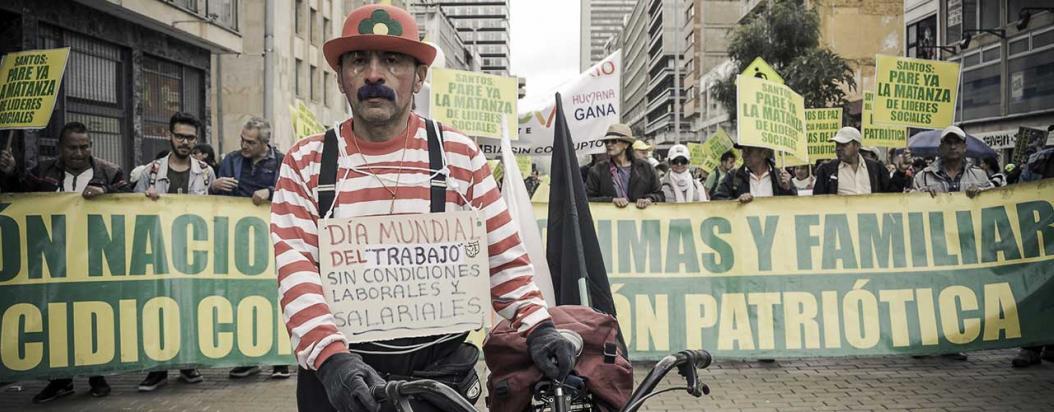 1ro de Mayo CartelUrbano