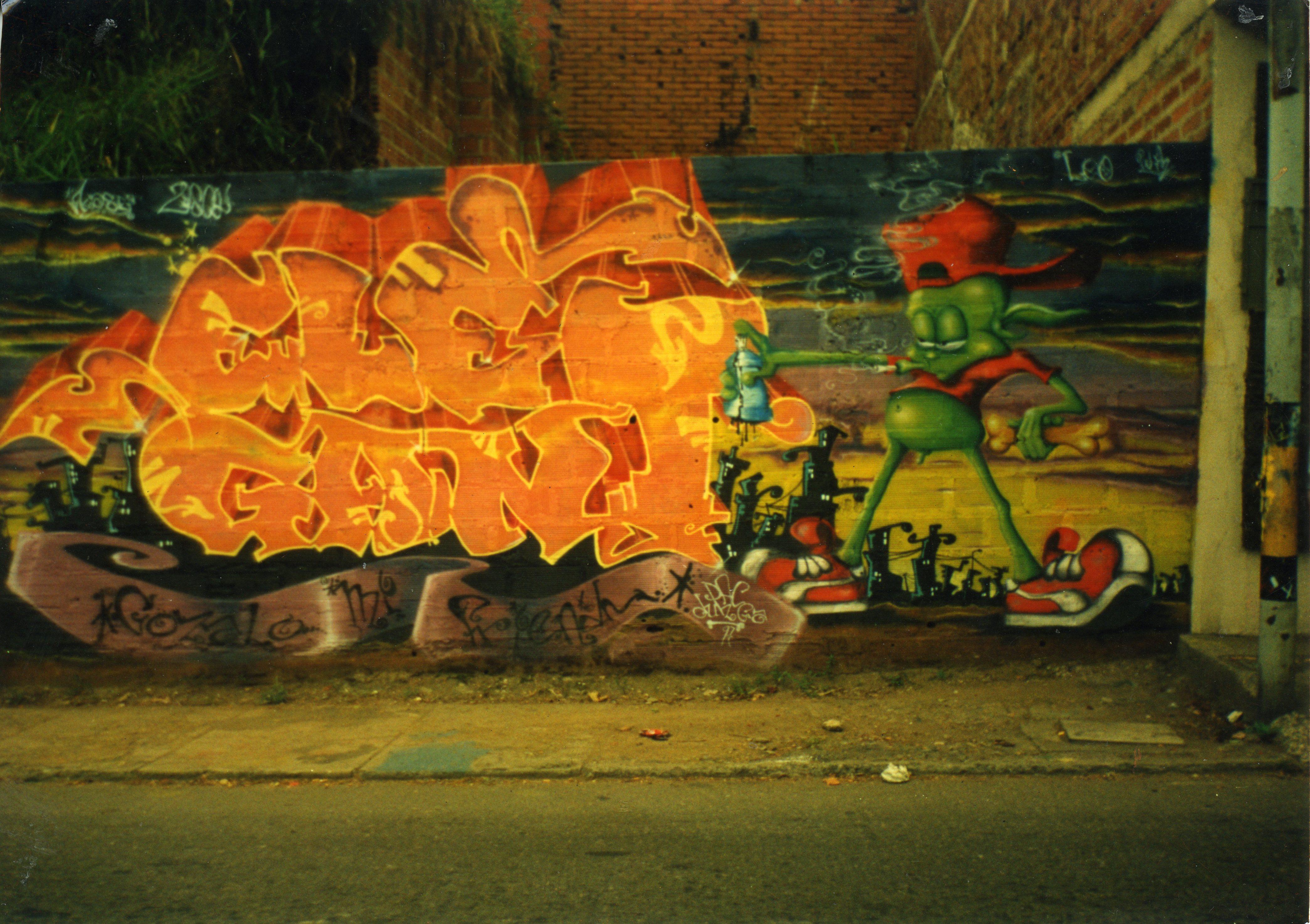 graffiti_elegant_por_pac_dunga_y_pick_1997_fotografia_archivo_personal_alejandro_villada_pac_dunga_.jpg