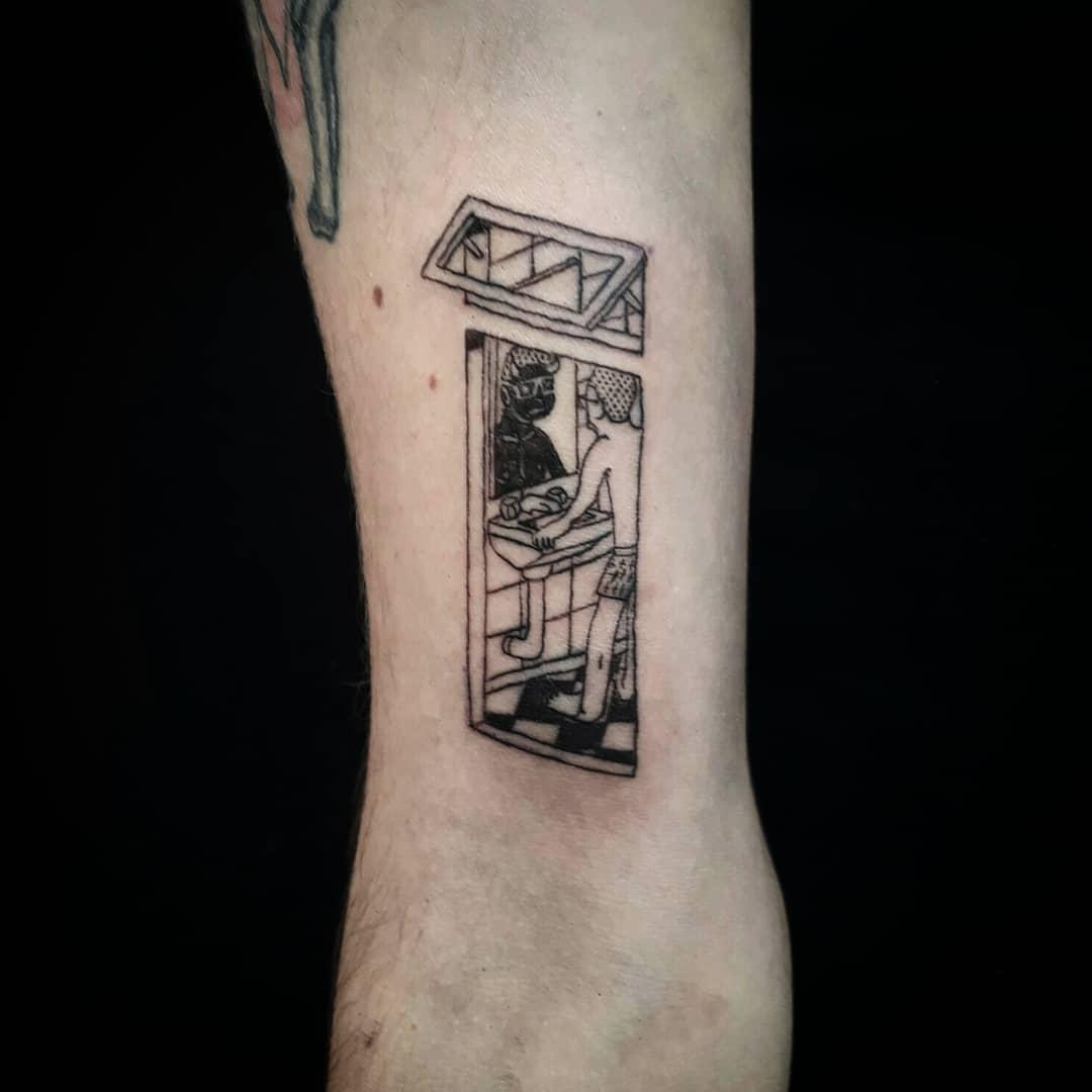 tatuaje_bano.jpg