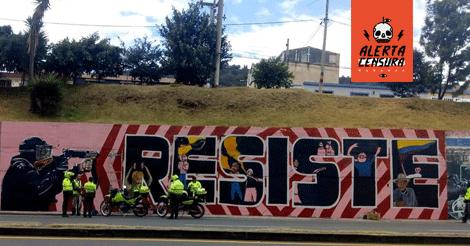 Policía en Boyacá multa muralistas que retrataban la represión policial